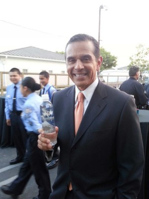 Mayor Villaraigosa Hydrtaes