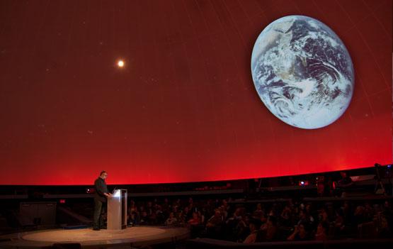Daniel Loxton Keynote Address at LogiCON 2011. Photo by Mark Iocchelli