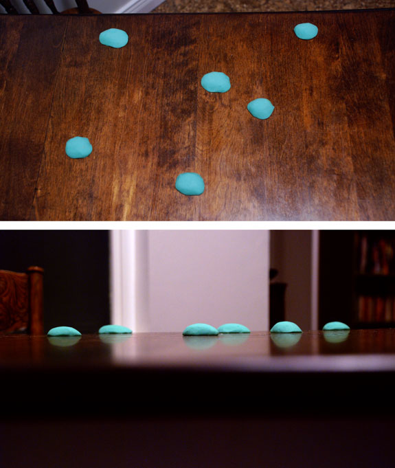 Playdough model of sea serpent illusion. Image by Daniel Loxton.